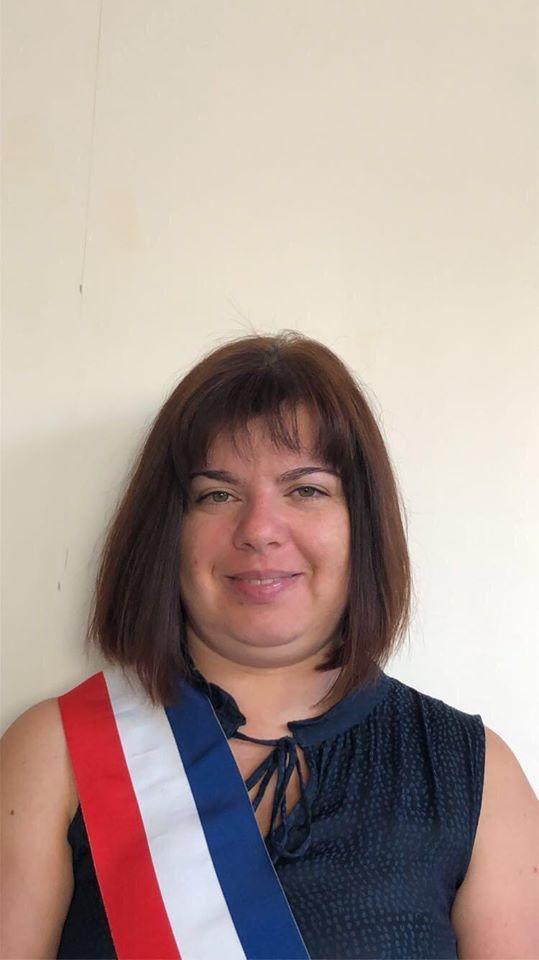 Laetitia BOUCHON➡️4 ème Adjointe au Maire déléguée au service des affaires scolaires et périscolaire ➡️Représentant Messy en qualité de titulaire au syndicat du collège de Claye.