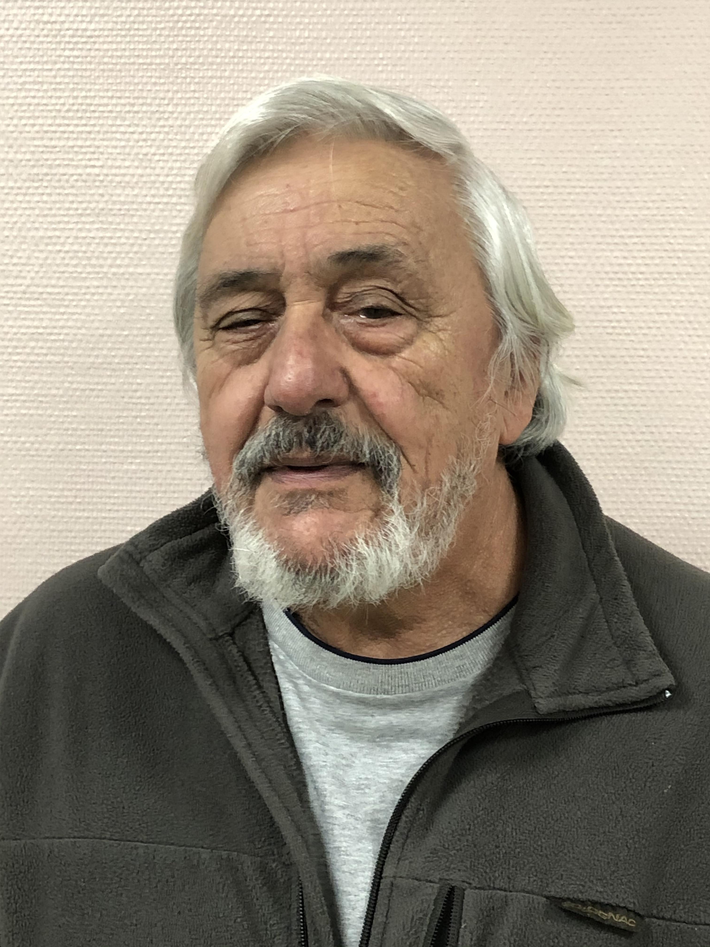 Raymond MARINI➡️Conseiller Municipal ➡️Représentant Messy en qualité de titulaire au syndicat SMERSEM ➡️Représentant Messy en qualité de suppléant au syndicat de la Haute Beuvronne ➡️Membre de la commission de la sécurité et de l'environnement.